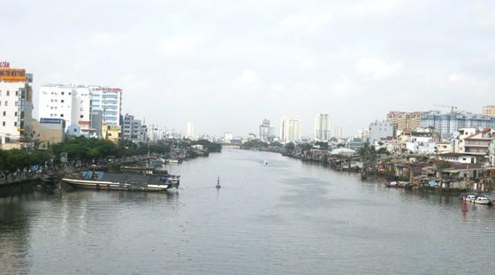 流經第一和四郡的河涌。