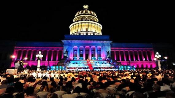 古巴首都哈瓦那16日迎來建城500週年,當地連日來舉行了多場慶祝活動。(圖源:越通社)