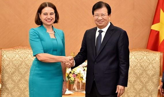政府副總理鄭廷勇(右)接見澳大利亞特命全權大使羅賓‧路易士‧穆迪。(圖源:VGP)