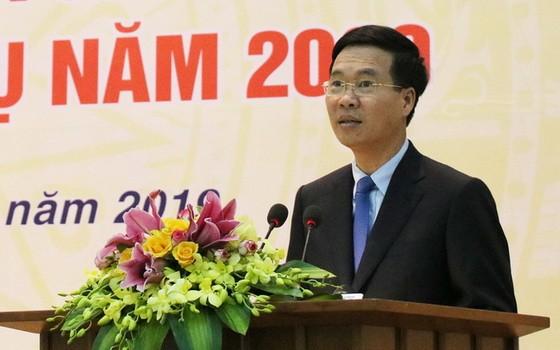 中央宣教部長武文賞在會議上發表講話。(圖源:秋姮)