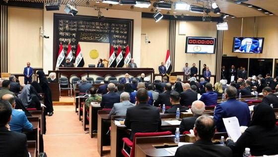 伊拉克議會通過決議敦促政府要求美軍撤離。(圖源:AFP)