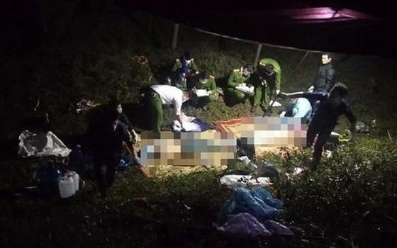 警方在車禍現場調查事故原因。(圖源:FB)