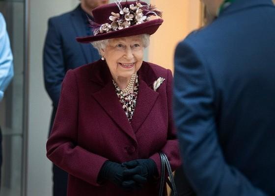 英媒指英女王離開白金漢宮,到溫莎堡避疫。(圖源:Getty Images)