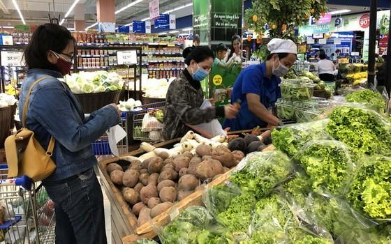 Co.opmart超市確保商品充足,不會在疫情期間漲價。