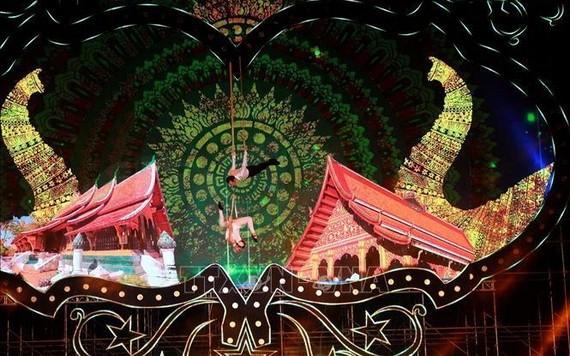 圖為2019年下龍國際馬戲嘉年華一項受歡迎的表演節目。(圖源:越通社)