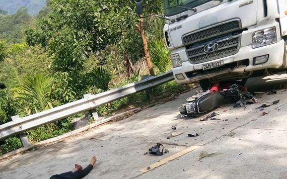 事故現場,兩人當場死亡。(圖源:CTV)