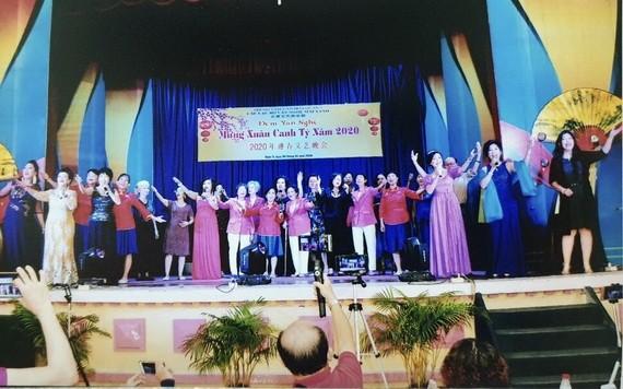 長青文藝俱樂部今年初演出的節目。