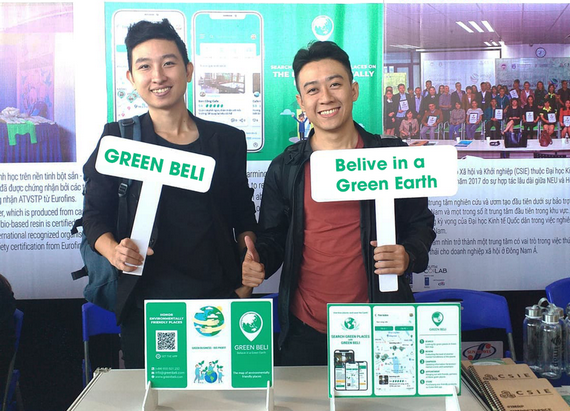 張德勝(左)與阮明科(右)是Green Beli環保社群的開發者。