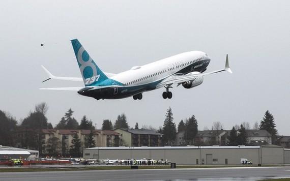 圖為波音737 MAX 8 客機。(圖源:路透社)