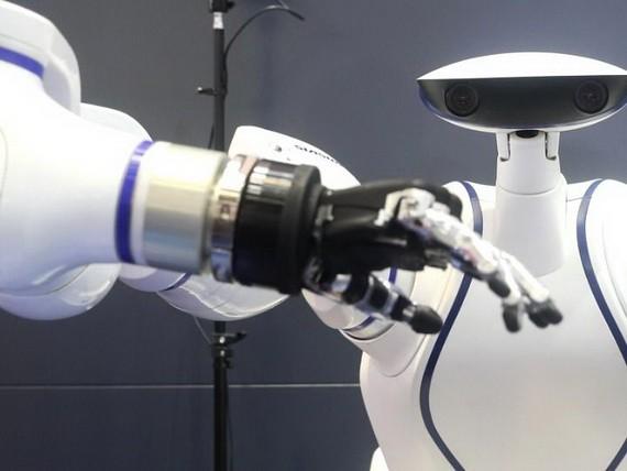 世界經濟論壇預測,全球約半數的工作任務到2025年之前將由機器完成,但技術變革也將在一些行業催生新的工作崗位。(圖源:互聯網)