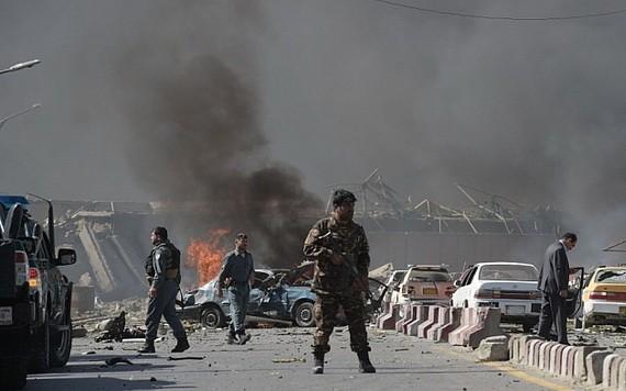 阿富汗喀布爾大學 2日發生恐怖襲擊事件,造成22人死亡,30多人受傷。(圖源:互聯網)