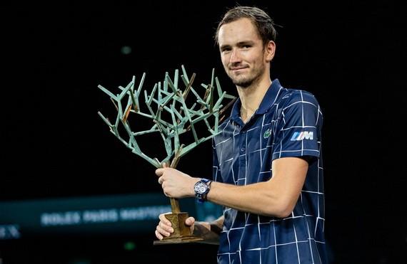 梅德韋傑夫首奪巴黎大師賽冠軍。(圖源:互聯網)