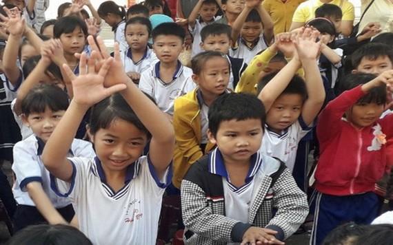 遵守《人口法令》以在最好條件下照顧兒童。
