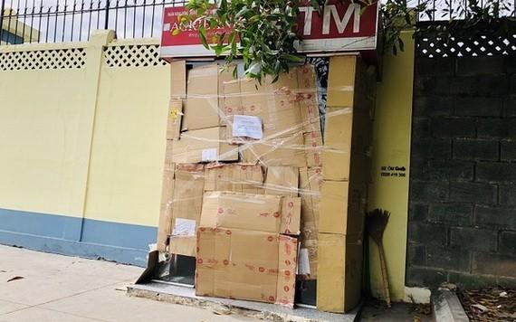 遭破壞的櫃員機現已被封鎖。(圖源:VNN)