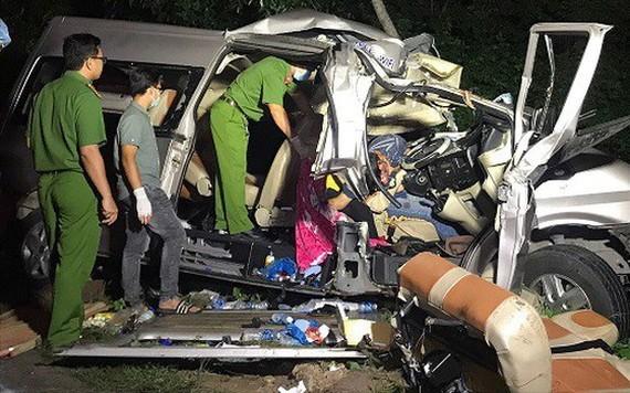 2020年7月21日凌晨,途徑平順省咸新縣新德鄉的1A號國道路段發生了一起嚴重交通事故造成8人死亡,7人受傷。(圖源:潘草)