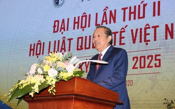 政府常務副總理張和平在大會上發表講話。(圖源:黎山)