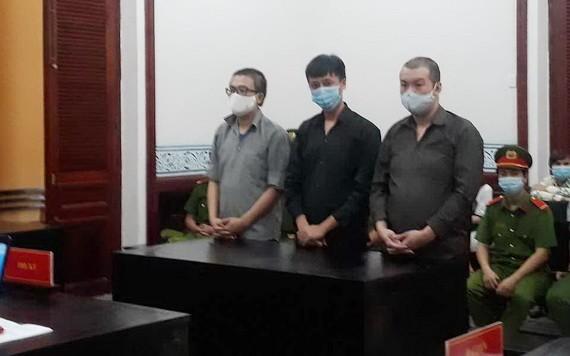 出庭受審的3名被告人。(圖源:天青)