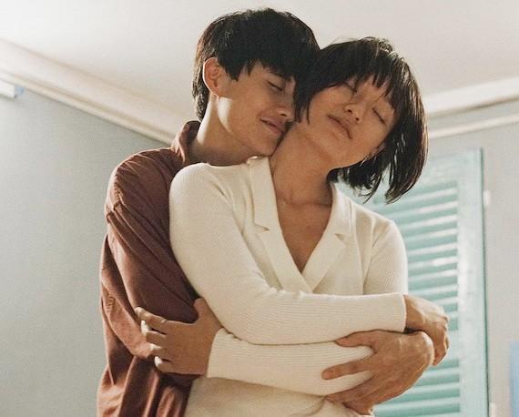 Avin Lu和胡秋英是《雨中的西貢》的主角。