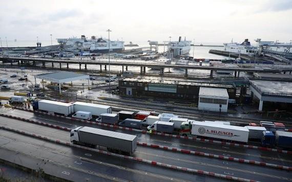 """""""脫歐""""過渡期屆滿後,貨運商需要許可證才能前往肯特郡港口。(圖源:互聯網)"""