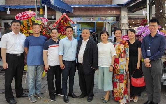 信海水產責任有限公司在本市開設分銷店
