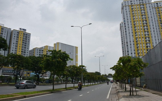 武文傑大道在敷設時已把電網地下化。