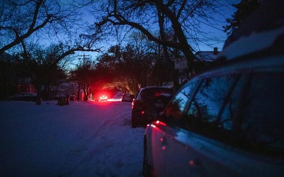 美國得州奧斯丁的一個街區遭斷電。(圖源:紐約時報)