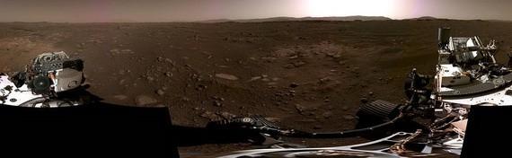 """圖為NASA發布的火星""""毅力號""""360度全景圖。(圖源:NASA)"""