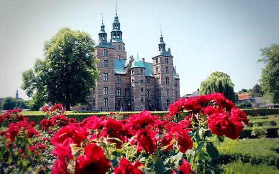玫瑰堡宮是哥本哈根的標誌建築之一。