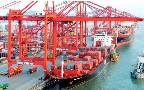 今年前两个月货物进出口总额达 958 亿美元