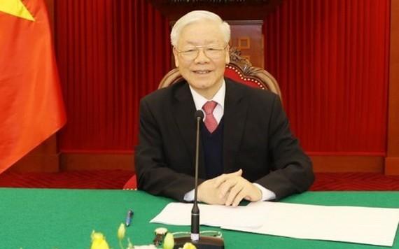 總書記、國家主席阮富仲與日本首相通電話