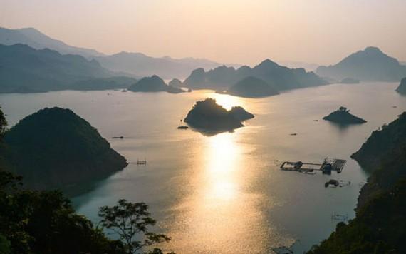 沱江的黎明。