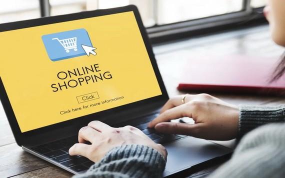 越来越多消费者通过电商平台购物。(示意图源:互联网)