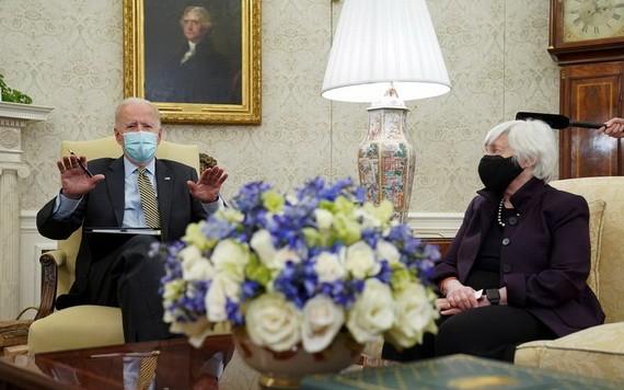 拜登和美國財長耶倫。(圖源:互聯網)