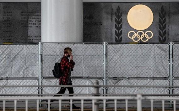 東京奧組委基本決定在奧運村外單獨包租一棟約有300個房間的酒店大樓,作為面向輕症和無症狀人士的療養設施。(示意圖源:Getty Images)