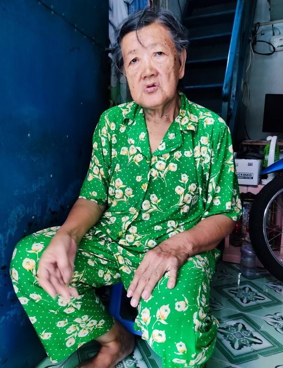 倪玉蘭正等待有錢去治病。