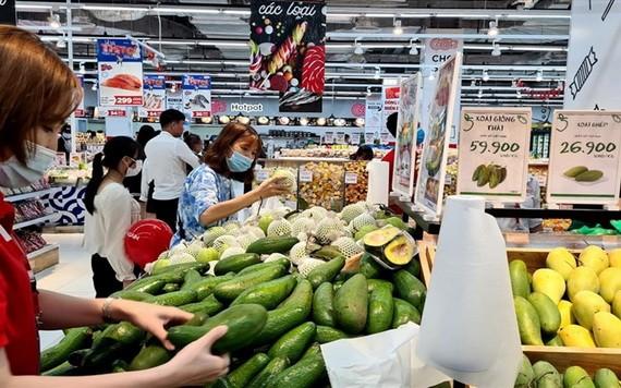 超市货源充足。