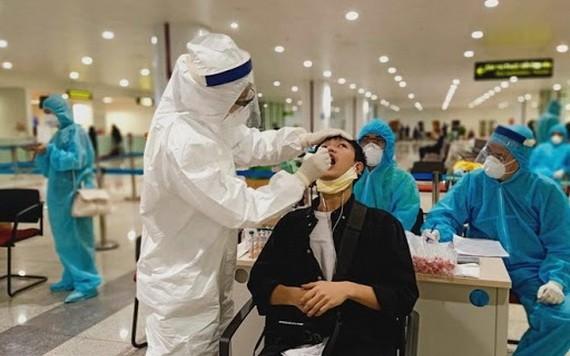 新冠肺炎採樣檢測。(圖源:衛生部)