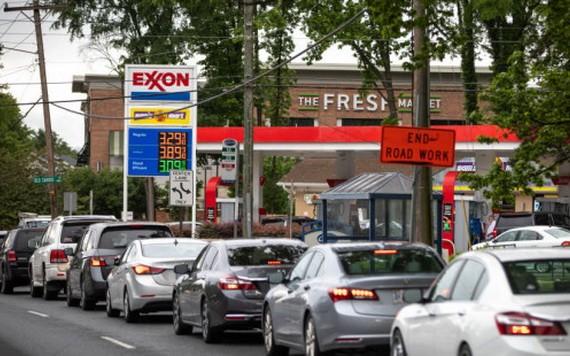 近日,關於燃油短缺的擔憂引發了美國民眾恐慌性購油。 (圖源:Getty Images)