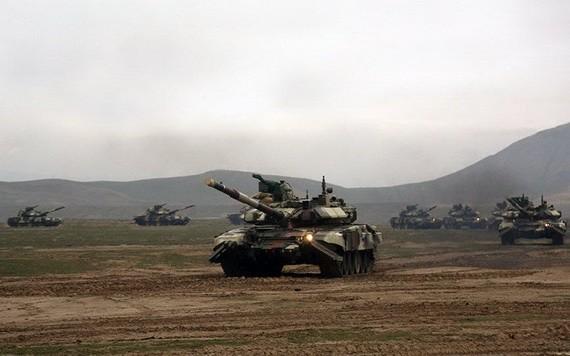 阿塞拜疆16日開始在境內舉行為期5天的大規模軍事演習。(圖源:互聯網)