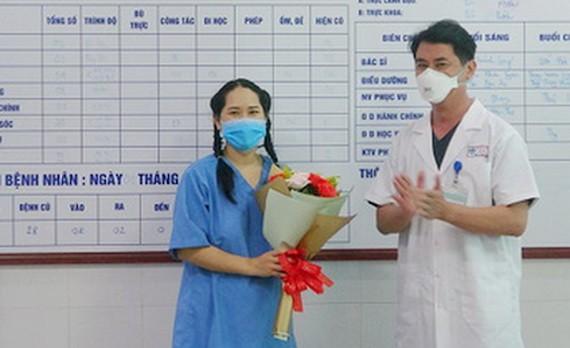 接種疫苗後休克護理員痊癒出院