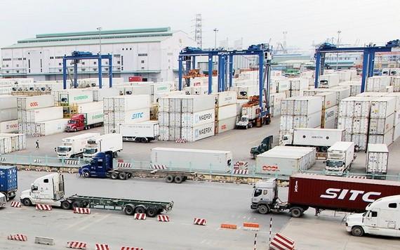 桔萊港貨物運輸。(圖源:珍何)