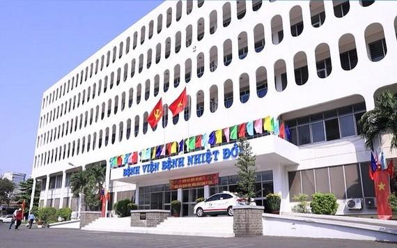 市热带病医院设有400张病床收治新冠病例。(图源:成山)