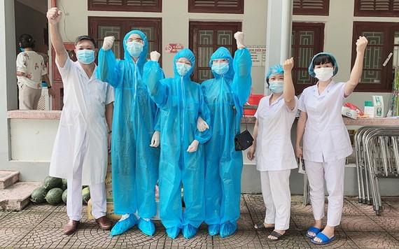 醫護人員決心擊退疫情。(圖源:文勝)