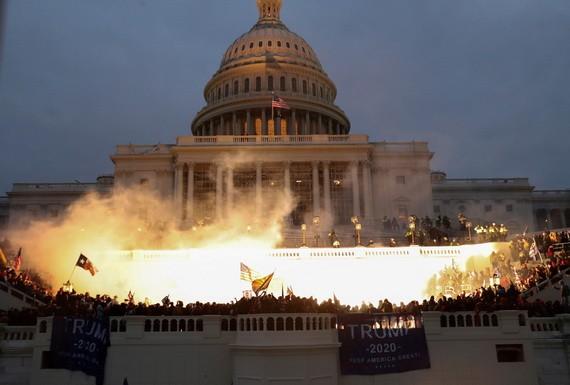 當地時間1月6日,美國國會大廈發生騷亂事件。(圖源:Getty Images)