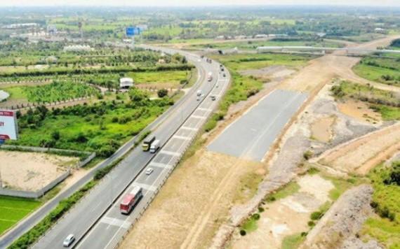 投建中的慶和省甘霖-平順省永好告訴公路。(圖源:永富)