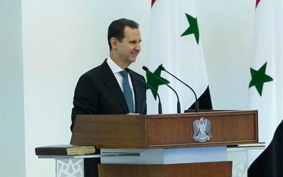 敘利亞總統巴沙爾‧阿薩德當地時間17日在首都大馬士革宣誓就職。(圖源:路透社)