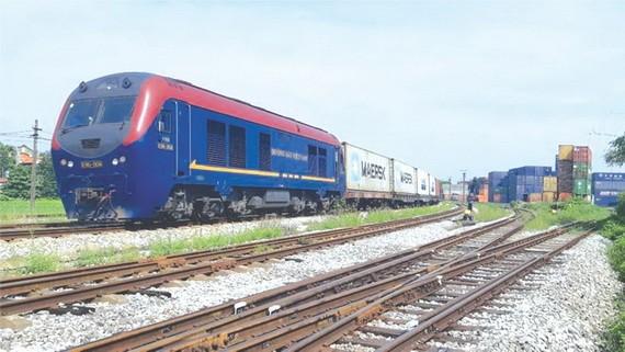 越-比首班集裝箱列車投入活動