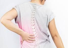 """夜裡腰背痛、""""晨僵""""?當心強直性脊柱炎"""