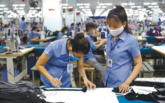 越南紡織品成衣出口到歐洲市場。