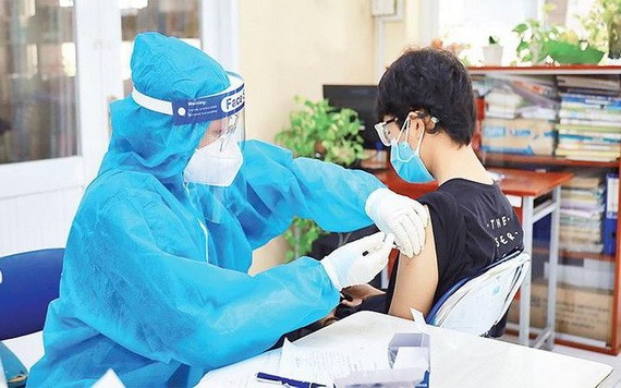 第十一郡封鎖區居民獲安排流動接種新冠疫苗。